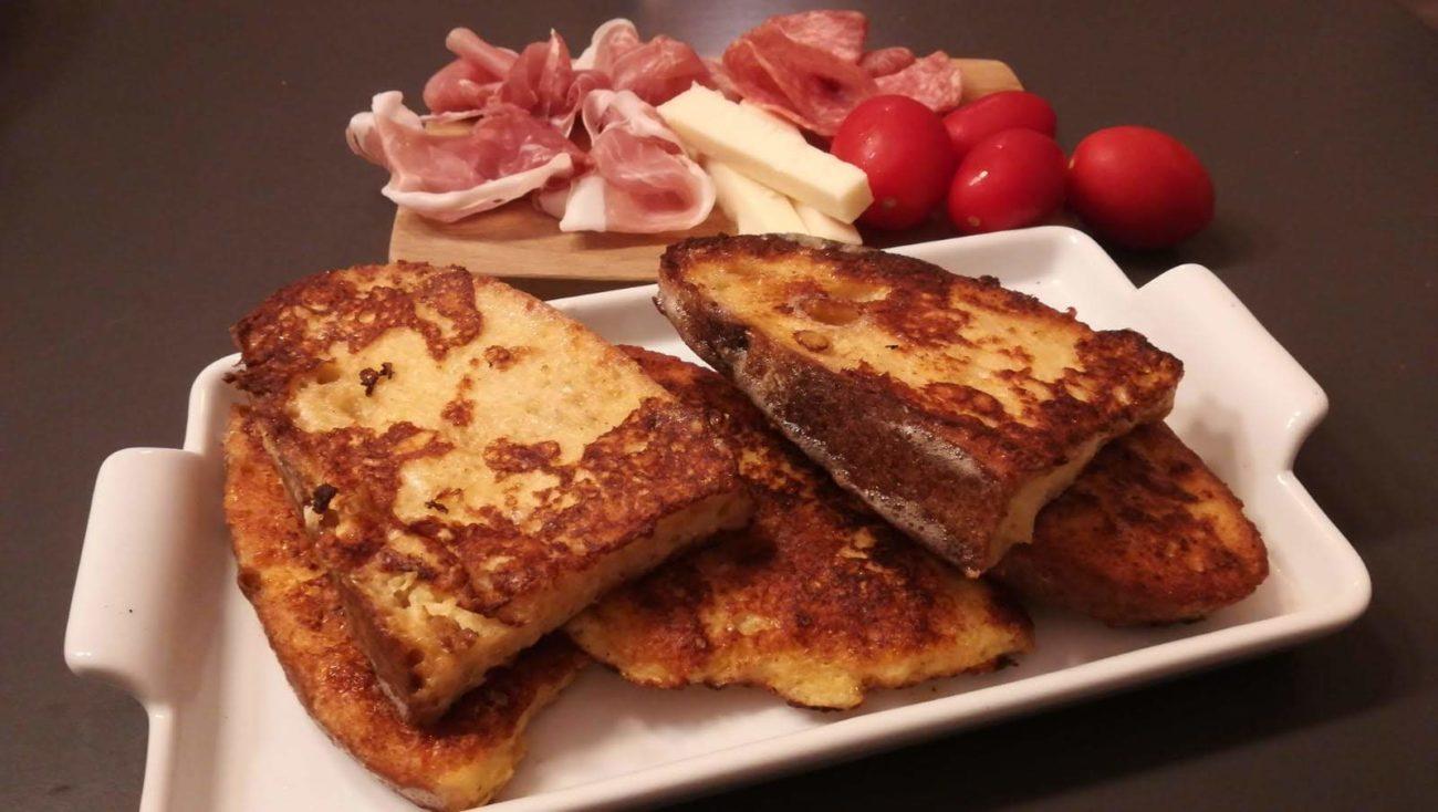 Pane fritto con tagliere di salumi