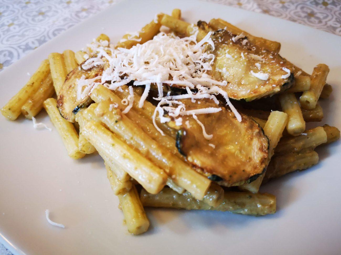 Pasta con le zucchine fritte rivisitata