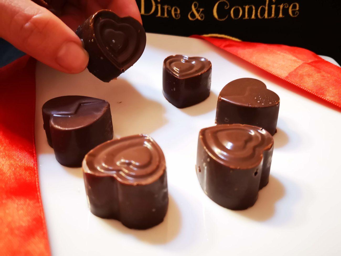 Cioccolatini con cuore di pistacchio