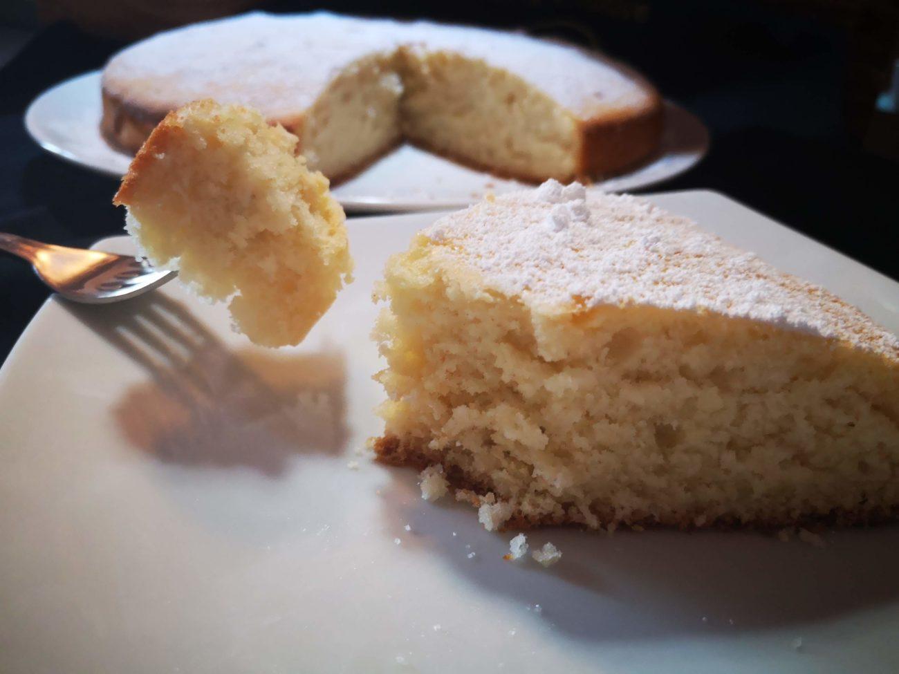 Torta morbida alla panna