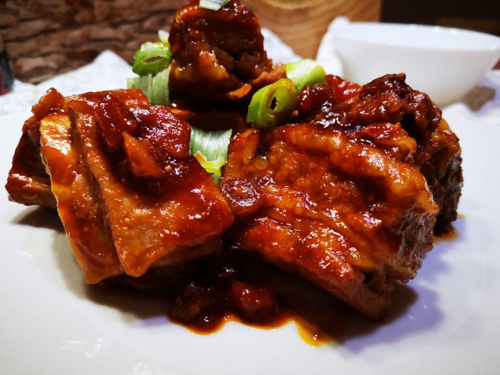 costine con salsa dio soia miele e albicocche