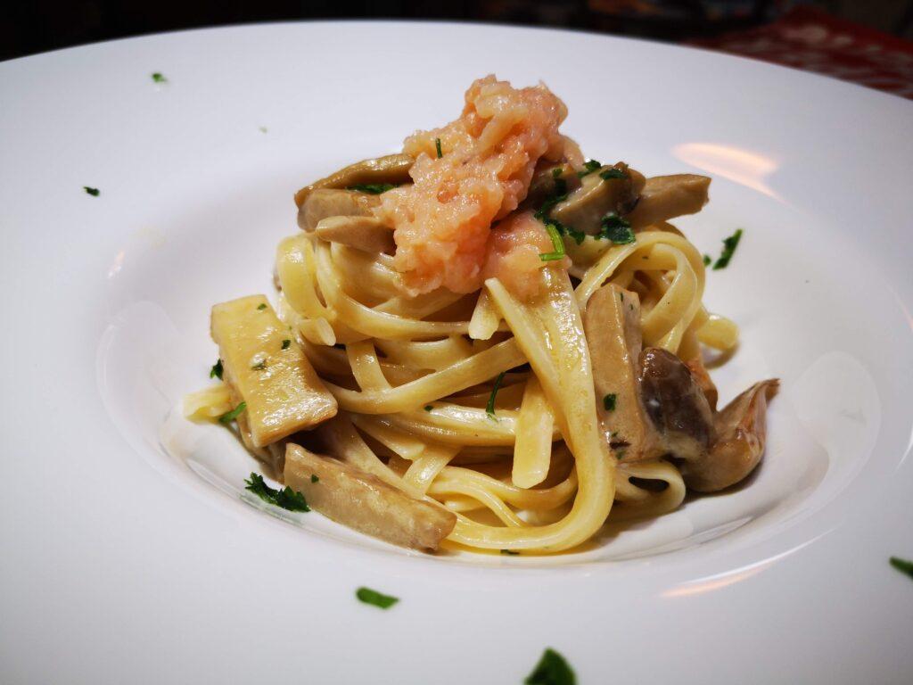 Linguine al gorgonzola e funghi cardoncelli