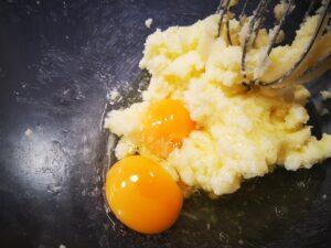 burro e uova