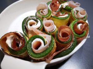 Rose di zucchine farcite