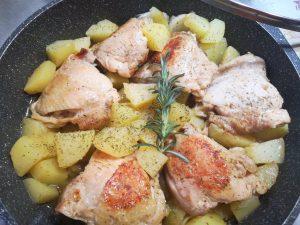 Sovracosce di pollo speziate  in padella